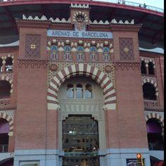 "Arenas bullfight plaza Barcelona Plaza de toros ""Las Arenas"". Barcelona Monaco, Richard Rogers, France, Mansions, House Styles, Home, Running, Barcelona City, Architects"