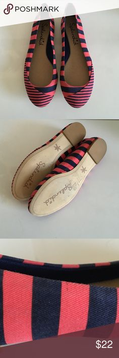 New Splendid Stripe Flats Size 7.5 Brand new striped canvas flats with leather sole. Stripes are red and navy. Does not come with a box. Has never been worn, but there are some scuff and dirt marks that are not that noticeable (see pics 3 & 4). I'm not sure if the marks can be removed though. No trades or Paypal. Splendid Shoes Flats & Loafers