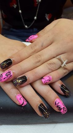 #unghie #nails #pink #black #rosa #nere #beautiful #fantastic