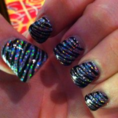 freaking amazing nails!