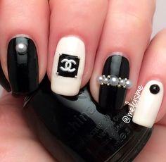 Chanel nails by Instagram user @melcisme