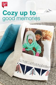 With personalized photo gifts, you can turn your favorite digital photos into great gifts for anyone on your list. Turn your prized memories into blankets, pillows, mugs, magnets and more. Diy Photo, Photo Craft, Fleece Photo Blanket, Personalized Throw Blanket, Photo Quilts, Senior Gifts, Personalized Photo Gifts, Fathers Day Crafts, Thanksgiving Crafts