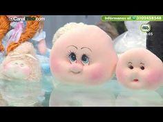 Silvia Nieruczkow - Bienvenidas TV - Caja Portacosméticos con Muñeca Soft - YouTube Baby Bib Tutorial, Baby Faces, Sock Dolls, Sewing Dolls, Doll Maker, Soft Sculpture, Disney Drawings, Baby Bibs, Free Crochet