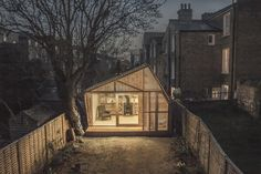 Backyard Writing Shed – Tiny House Swoon