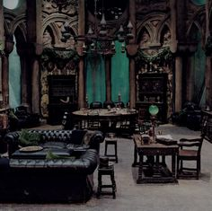 Listen online to the sound mix called: Slytherin Common Room.---> this page is amazing. the slytherin common room is the coolest. i just can't take the sounds of the other houses Gothic Interior, Gothic Home Decor, Interior Design, Interior Office, Interior Modern, Interior Ideas, Gothic House, Victorian Gothic, Dark Gothic
