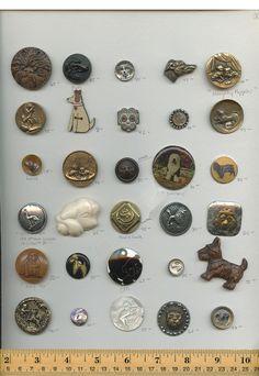 ButtonArtMuseum.com - Dog buttons.