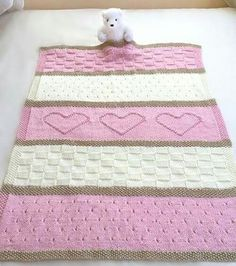 Baby Heart Blanket Knit Pattern http://www.welikeknitting.com/2016/08/BabyHeartBlanketKnitPattern.html