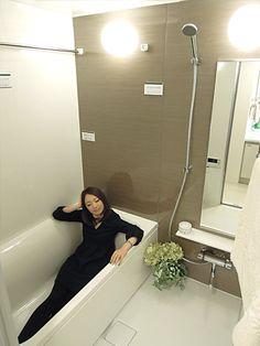 ガーデングラス川口中青木のモデルルーム バスルーム 浴槽