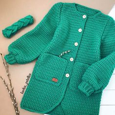 Пусть весна будет сочной ☘️☘️☘️ #lavka_petelka  #любовь_с_первой_петельки Crochet Baby Sweaters, Crochet Jumper, Crochet Cape, Crochet Jacket, Crochet Clothes, Baby Knitting, Knit Baby Dress, Crochet World, Chrochet