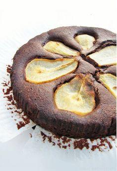 Chocolate Pear Brownie Cake (Vegan)