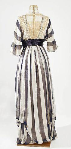 Afternoon dress Designer: Jeanne Hallée  (French, 1880–1914) Date: 1912 Culture…