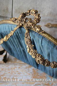 #23/212 Small Canopy Louis XVI detail