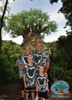 DISNEY DREAMER DESIGNS: Mickey Mouse head Tie Dyed T-shirts