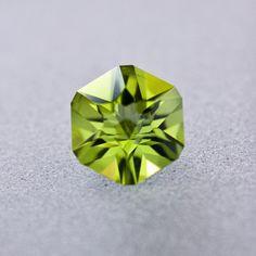 Desmond Gray Fine Gemstones - Peridot 005