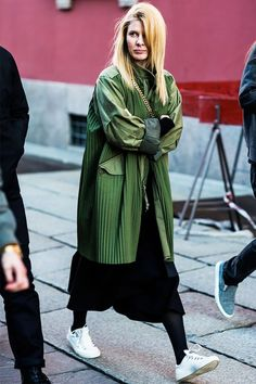 Go Vogue Yourself : Photo Cool Street Fashion, Milan Fashion, Look Fashion, Winter Fashion, Fashion Design, Fashion Trends, Net Fashion, Looks Street Style, Looks Style