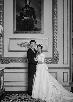 Princess Eugenie and Jack Brooksbank are pictured embracing in front of a portrait of Prince Albert in one of Windsor Castle's grand reception rooms after their wedding Royal Wedding Gowns, Royal Weddings, Princess Wedding, Wedding Dresses, Royal Uk, Royal Life, Royal House, Princess Eugenie Jack Brooksbank, Princess Beatrice