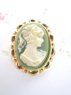 Victorian Cameo brooch Chic Light vintage by bellachicdesigns