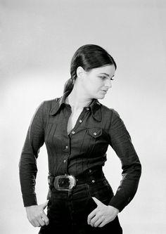 Voith Ági (1972) - Magyar Fotóarchívum Hungarian Women, Live Today, Hungary, Famous People, Actors & Actresses, Celebs, Movies, 1, Beautiful