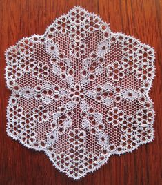 Bucks Point bobbin lace hexagon, 2011.