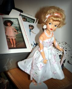 Hello, Friends Of Tammy - Are we ready for the month of June? Chatty Cathy, Tammy Doll, Doll Games, Vintage Barbie, Friends Family, Type 3, Fashion Dolls, Facebook, Photos