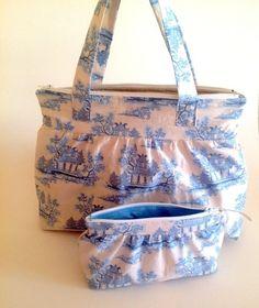 Sett m/toalettmappe og sminkeveske Diaper Bag, Bags, Fashion, Handbags, Moda, Fashion Styles, Diaper Bags, Mothers Bag, Fashion Illustrations