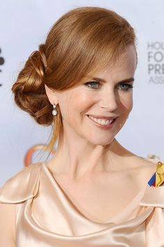 Nicole Kidman Golden Globe 2010 #wedding #hairstyles
