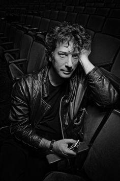 Neil Gaiman, handsome devil.