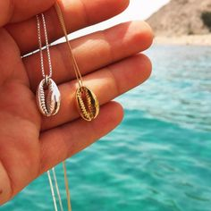 Vintage Bohemian Gold Silver Alloy Conch Shell Pendant Necklace for Women Charm Seashell Ocean Beach Necklace Boho Jewelry Gift Cowrie Shell Necklace, Seashell Necklace, Boho Necklace, Fashion Necklace, Pendant Necklace, Surf Necklace, Shell Choker, Summer Necklace, Fashion Jewellery