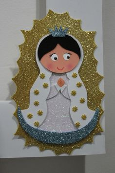 La Virgen de Guadalupe Foam Crafts, Diy And Crafts, Crafts For Kids, Paper Crafts, Christmas Photos, Christmas Ornaments, Birthday Bulletin Boards, Catholic Crafts, Baptism Party
