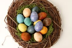 Natural Dyed Eggs - Instructions for using Coffee, Tea, Red Onion, Blueberry, and other unique ingredients.
