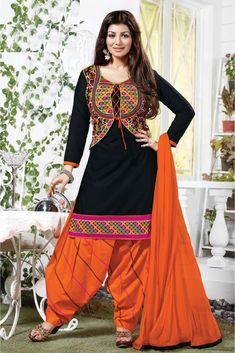 Bollywood Ayesha Takia Cotton Party Wear Patiala Salwar Kameez in Black Colour.It comes with matching Dupatta and Bottom.It is crafted with Embroidery. Classic Indian salware suits Press Visit link above for more options Patiala Dress, Punjabi Dress, Patiala Salwar, Anarkali Dress, Lehenga, Kurti, Black Salwar Suit, Salwar Suits, Fashion Wear