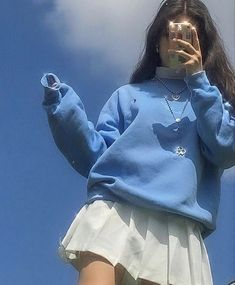 Image about fashion in looks by helmetboy on We Heart It Indie Fashion, Aesthetic Fashion, Aesthetic Clothes, Streetwear Fashion, Korean Fashion, Aesthetic Indie, Aesthetic Outfit, Aesthetic Girl, Fashion In