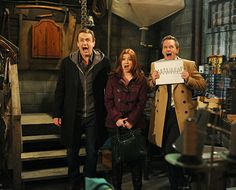 STOP WHATEVER YOU'RE DOING AND WATCH LAST NIGHT'S HIMYM EPISODE RIGHT NOW. OHEMGEE!!