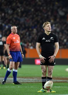 All Blacks Rugby, Rugby Players, Lions, Mac, Running, Sport, Guys, Sports, Racing