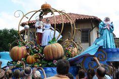 Disney World Magic Kingdom parade
