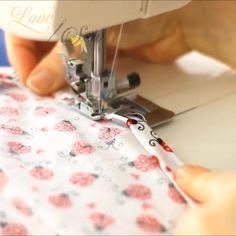 Sewing Machine Basics, Sewing Basics, Sewing Hacks, Sewing Tutorials, Sewing Lessons, Fabric Crafts, Sewing Crafts, Sewing Projects, Crochet Projects