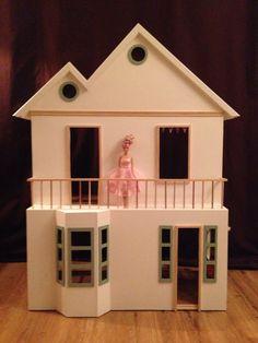 Homemade Barbiehuis - Dollhouse