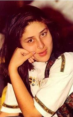 Rosy cheeked, light eyed and chubby like a doll Bollywood Stars, Bollywood Photos, Indian Bollywood, Beautiful Bollywood Actress, Most Beautiful Indian Actress, Indian Celebrities, Bollywood Celebrities, Old Actress, Actress Photos