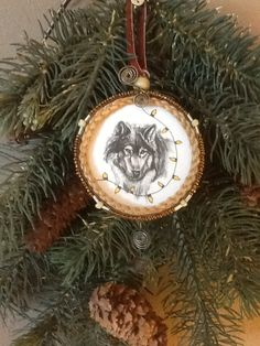 $25 Copenhagen Snuff Lid Keepsake. 49. Christmas Wolf