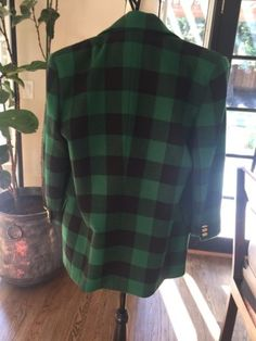 Escada-Wool-Womens-Coat-Plaid-Oversized-Green-Black-Size-40-8-Gold-Buttons