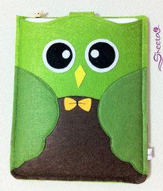 Cute Cute Green Owl 100Felt iPad case/ iPad purse/ by SheetaDesign