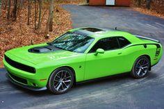 Dodge Challenger R/T Scat Pack Shaker