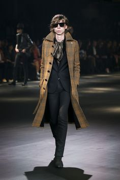 Saint Laurent Otoño / Invierno 2016-2017 Menswear Fashion Show
