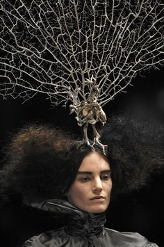 Alexander McQueen: Paris F/W 2008 'The Girl Who lived in the Tree' Collection.  Philip Treacy hair piece.