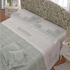 Takımları yatak - Yatak Odası - Manidifata.it Crochet Borders, Filet Crochet, Crochet Lace, Linen Bedroom, Linen Bedding, Bed Sheet Sets, Bed Sheets, Home Crafts, Diy And Crafts