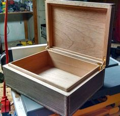 Complete with step-by-step instructions and photos, guest blogger and talented woodworker Michael Korostelev shows how to build a humidor in 12 easy steps!