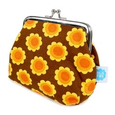 Blafre Brieftasche - The world's most private search engine Anti Stress Ball, Child And Child, Orange Flowers, Retro Design, Kind Mode, Cool Gifts, Gifts For Kids, Coin Purse, Kawaii