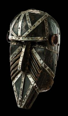 Africa | Mask from the Malinke people of Mali | Wood and metal