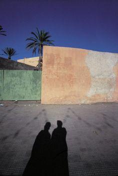 Marrakesh, Marocco - Franco Fontana Shadow Photography, Artistic Photography, Color Photography, Street Photography, Yamaguchi, Franco Fontana, Viviane Sassen, Colour Architecture, Composition Art