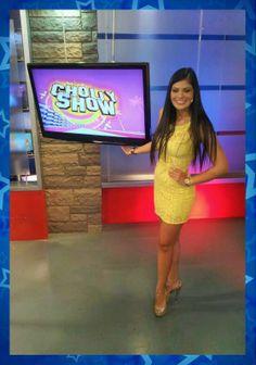 Georgette Cárdenas, luciendo el VESTIDO SWEET SUMMER de Veroka Design Talla: S, M, L  colores: coral y amarillo